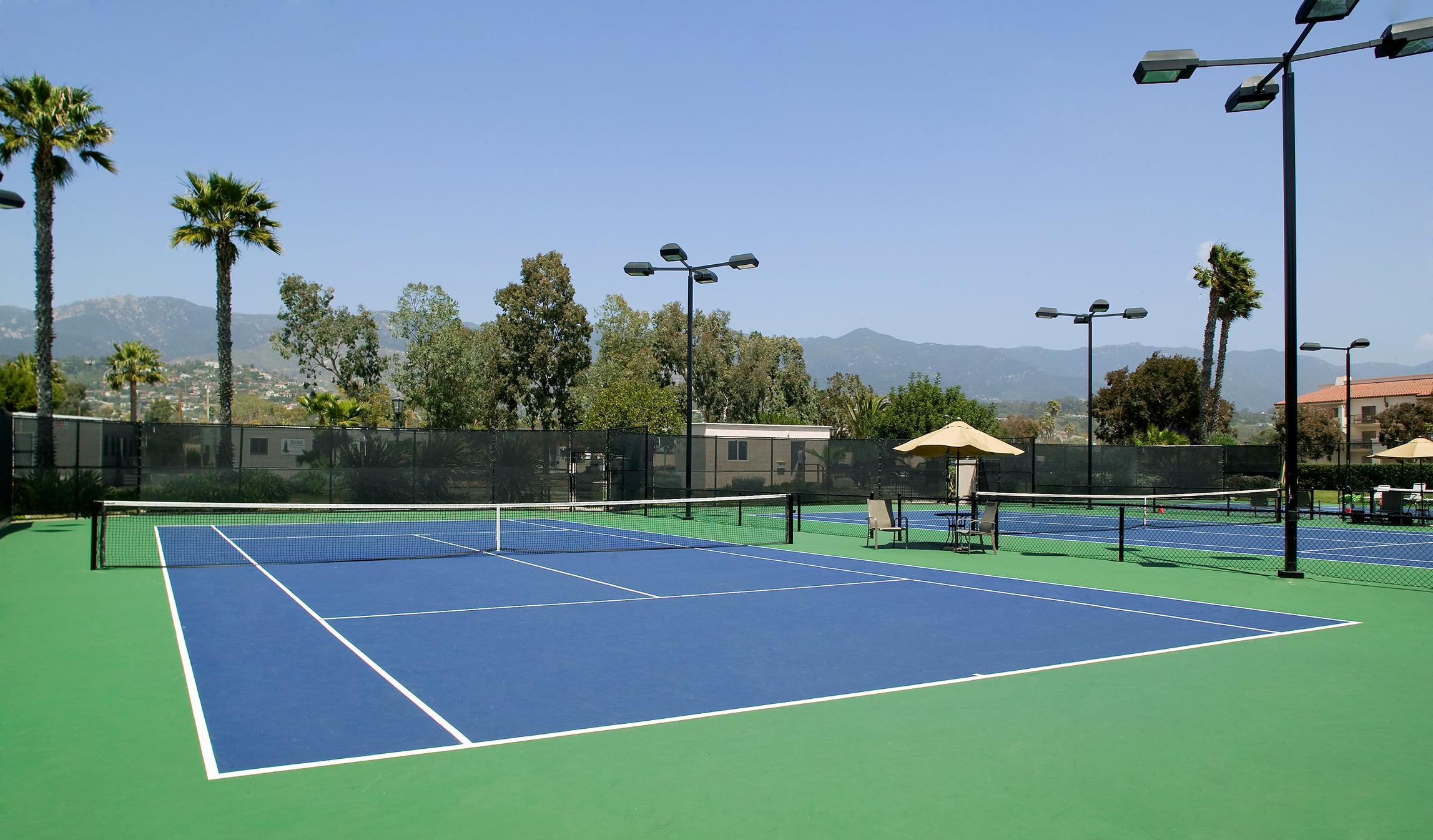 San_tennis_villa-park