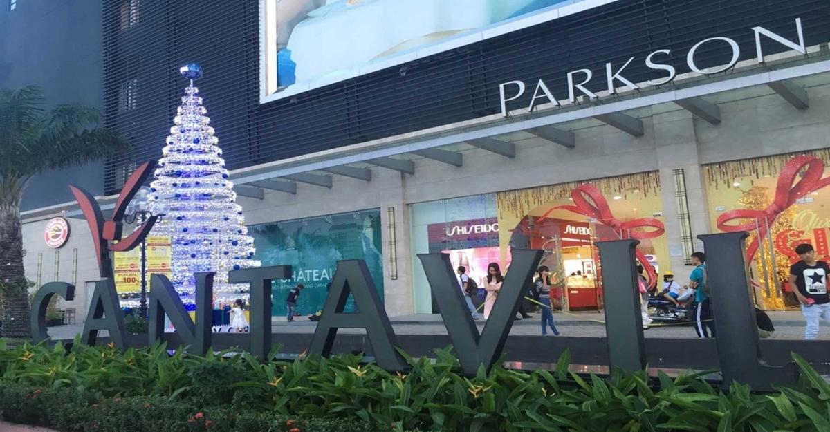 Trung tâm mua sắp nỗi tiếng trong khu vực